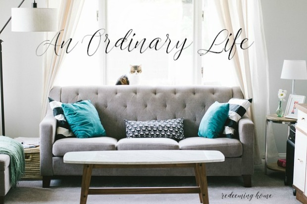 living-room-12569325_640